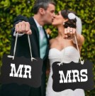 Mr & Mrs skilt brudepar thumbnail